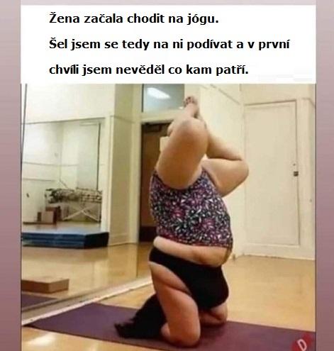 Vtipná jóga při cvičení